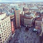 Buenos días de #martes, #Madrid! pic: @AnaLocking https://t.co/LMz1SNXE1r