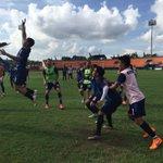 Suasana #LatihanPBFC Senin (3/5) Sore di @StadionSegiri. Skuad Pesut Etam Tampak Enjoy! #JayalahPesutEtam https://t.co/OgEa9Nhl96