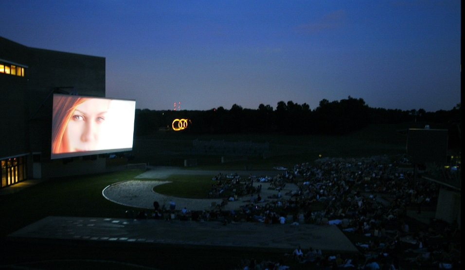 Get your popcorn ready: our summer outdoor movie and special event lineup is here! https://t.co/6mqTdpMZkQ https://t.co/FUOLnmOgrM