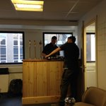 The bar is being installed. #AmazingSpaces ;) #PubOffice #workinghard #Bristol https://t.co/a9z9FZtKVj
