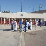 الجمهور خارج الملعب. ينتظر فتح البوابات #الهلال #اهلا_بالهلال_في_عمان #الهلال_باختكور https://t.co/Pstbldzral