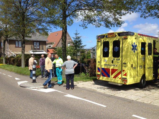 Ongeluk Pouwelslaan Honselersdijk betrof een bejaarde fietser die tegen betonnen geleider aan was gebotst. https://t.co/dprAxAbKtV