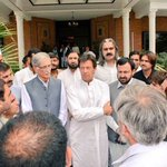 Delegation from Bannu met Chairman -@ImranKhanPTI & @PervezKhattakCM at CM House Peshawar today. https://t.co/3r1jkHXxoO