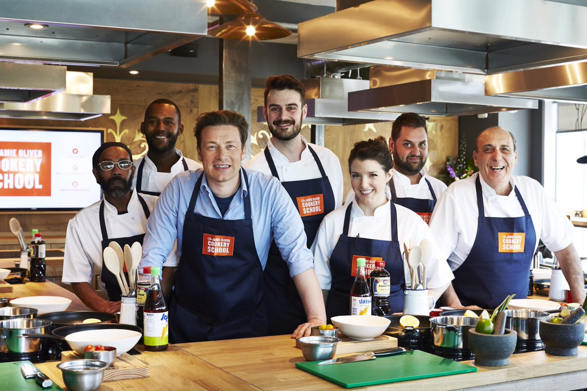 Big love to my team at @JOCookerySchool! First lesson start tomorrow! https://t.co/8QBr0R78t4