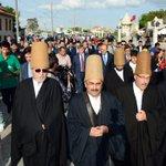 """Hz. Mevlana ve Ailesinin Konya'ya Gelişinin 788. Yılı... 788. Kez """"Hoş Geldiniz"""" https://t.co/UVG4IFEk7q https://t.co/3rAO1lEkQl"""