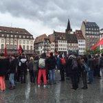 Loi travail: une centaine de manifestants Place Kléber à #Strasbourg chttp://bit.ly/26PsH5g https://t.co/eZrRiJt5PC