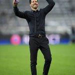 Simeone qui fête la qualification avec son fils Gianluca Simeone en FaceTime https://t.co/t7PpNcc1J7