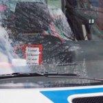 """""""Lächle! Du kannst sie nicht alle töten.""""  1. Mai #Hamburg #polizei #1maihh https://t.co/ujyo4ZU8wa"""