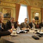 Presidente @BarackObama y @VP Biden reafirman su compromiso para avanzar #AlianzaProsperidad Triángulo Norte. https://t.co/54M8P2PbNw