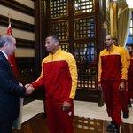 Cumhurbaşkanı Erdoğan, Eurocup Şampiyonu Galatasaray Odeabank'ı kabul etti https://t.co/toHd4jkmF2 https://t.co/2ab4m4tjMW