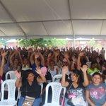 A nombre del Gobierno de @JuanOrlandoH celebramos a más de 3,000 madres de los barrios y colonias de #Tegucigalpa. https://t.co/yilbvAn7P6