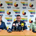 #AlfredoCumple Alcaldía ha reparado 33 semáforos afectados por apagones. https://t.co/F68mcVOM0o https://t.co/XH9rFrMj7Z