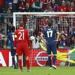 ¡El paradón de Oblak en el penalti de Müller! ¡Qué grande nuestro guardameta! #FCBAtleti #UCL #AúpaAtleti https://t.co/uKCJ8yE6bn