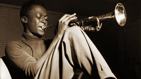 """Trumpet legend Miles Davis plays strictly ballads like """"'Round Midnight"""" in this playlist. https://t.co/Oh0oM7197q https://t.co/AannNrtnve"""