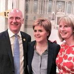 Thanks to @NicolaSturgeon for joining me and @ShonaRobison in Dundee for a great public Q&A tonight. #BothVotesSNP https://t.co/RWVg8Y6gJj