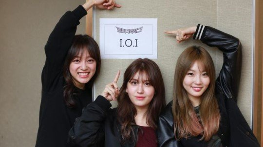 Sejeong, Somi and Chungha backstage picture for tvN's Comedy Big League! https://t.co/Apc1SHGzbi