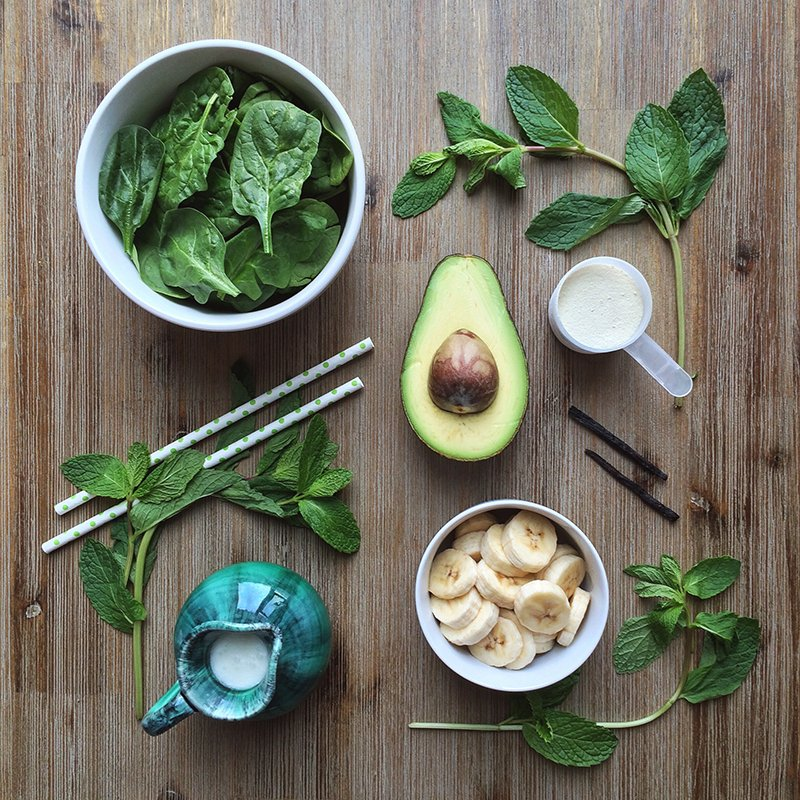 A5. Guys check this out! Avocados, Spinach & Mint smoothie from @Justine_Celina https://t.co/7LKrKiMq78 #GuacIt https://t.co/DZZjvApaLX