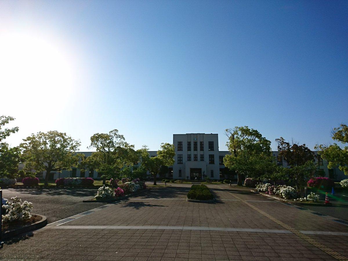 おはようございます! 豊郷町は快晴です!! 皆様の登校をお待ちしております。 #sakurakoushinkan #桜高新入生歓迎会 https://t.co/imNZo0zrwq