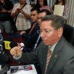 """""""Se ocuparon vehículos policiales para trasladar pandilleros a reuniones durante la Tregua"""", Fiscal General https://t.co/L4r1O4N7JY"""