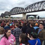 Greetings from Louisville, where #Bernie is rallying voters as Indiana results come in across the river https://t.co/YYz2CT0pwn @daveweigel
