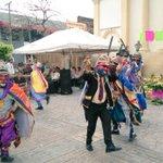 #CulturaSS el grupo Moros y Cristianos de San Antonio Abad llena de color la celebración del #DiadelaCruz https://t.co/4dk7G16PGT