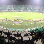 ¡Sale Atlético Nacional! Fiesta en el Atanasio. #VamosNacional https://t.co/y8ra2Ji8qh