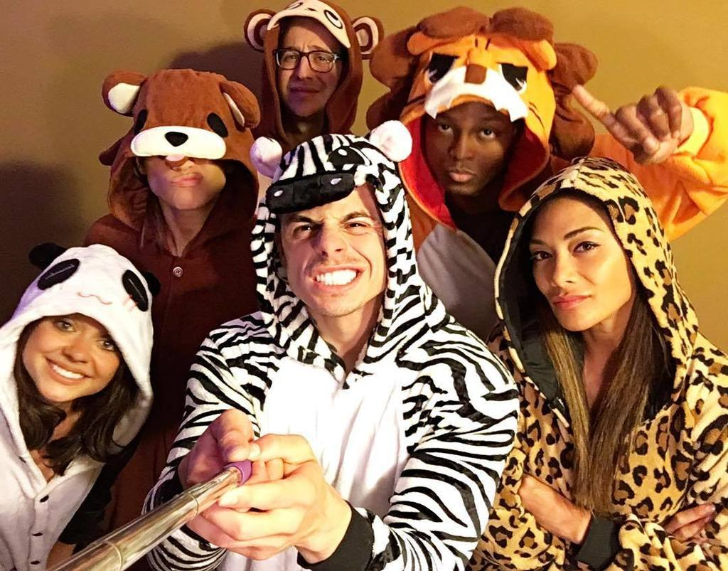 #DirtyD #squad animal onesie #dance #party???????????????????????????????????? @beaucaspersmart @jlo @therealsarahhyl… https://t.co/kLsLInUcch https://t.co/gj9CbklPNu