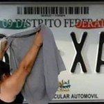 Jajajaja no puedo con este meme, para mañana en el doble #HoyNoCircula #LadyCajero https://t.co/VNzve0cKvR