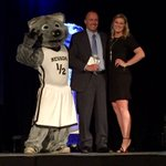 Congrats to @NevadaSwimCoach on receiving the Coach of the Year award at #TheWolfies???? https://t.co/Kr50XpeQsS
