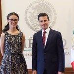 | @EPN recibe en Los Pinos a #Ladymatemáticas https://t.co/KVTC0ZXgHQ https://t.co/ZiuCKY130X