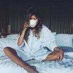 Einen gutgelaunten guten Morgen in die TL gerufen. Ich hoffe, ihr Vögelchen habt gut geschlafen. #Kaffeeduft https://t.co/COntI0AdMg