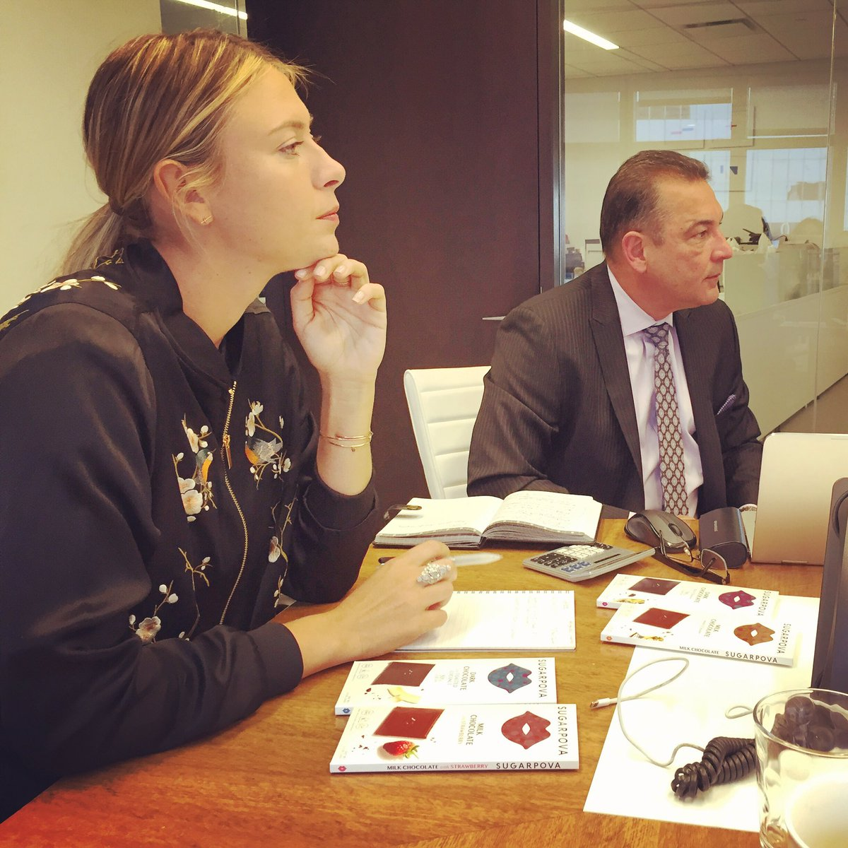 Being all serious at today's @Sugarpova meetings. ???? Our very first Chocolate bars coming out this month. ???????? https://t.co/Vy4l8zoxFn