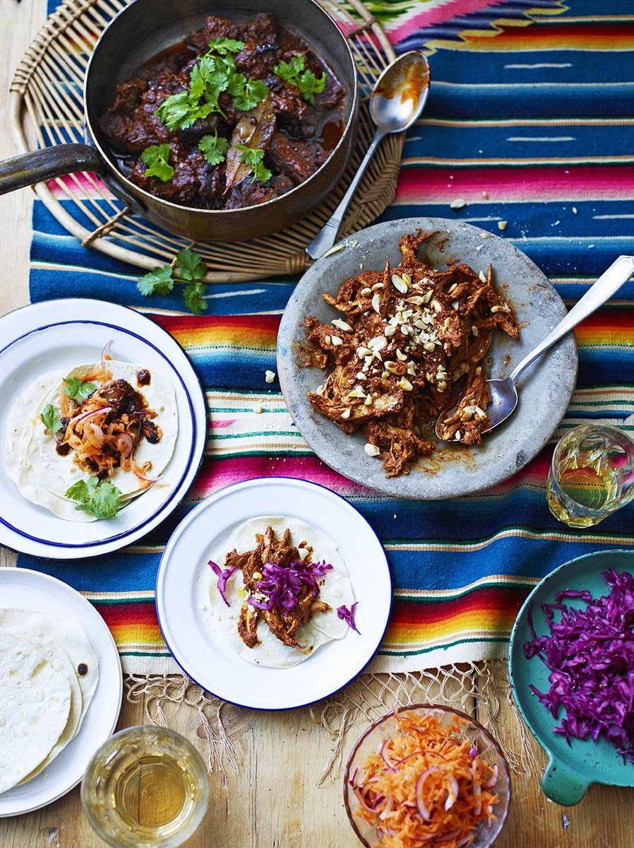 #RecipeOfTheDay is a Mexican classic, mole. Served with tender chicken, it's sublime! https://t.co/uKpdaxUFCu https://t.co/8oPS0BcbfT
