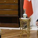 Cumhurbaşkanı Erdoğan ile Başbakan Davutoğlu görüşmesi başladı https://t.co/al8d0vdFS4 https://t.co/3JGyp3tswP