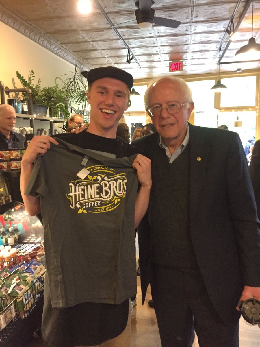 Presidential candidate @BernieSanders stopped by HB-Frankort Ave yesterday! https://t.co/OuzYJnAmAK