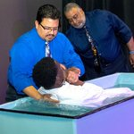 Love it: 20 teens baptized at @TakomaAcademy after unusual week of prayer. https://t.co/ncucqwC7Rv https://t.co/c55or4oBEp