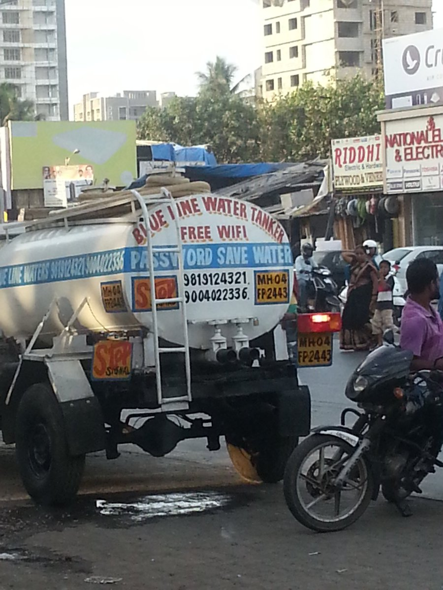 Link road andheri west. Wifi wala water tanker https://t.co/I7m3cGsKNO