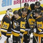 Rookie goaltender Murray stealing the show for Penguins #LetsGoPens https://t.co/QRnbVfVnK8 https://t.co/2cRdakatlS