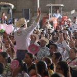 El Candidato Esteban Villegas Villarreal durante su gira por Cuencamé, #Durango https://t.co/5l785LDen9 #durango https://t.co/nn4SRbyU7u