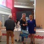 He recibido en el @AeropuertoIbiza a los pasajeros del 1r vuelo Ánsterdam-Ibiza de la compañía Corendon https://t.co/NolA69zXlY