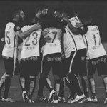 Hoje é dia de cantar os 90 minutos, sem pensar no amanhã! É Corinthians caralho, ele precisa de você. VAMO AE!! ⚫️⚪️ https://t.co/E2M7LlS9dY