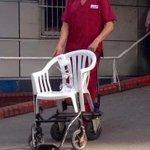 """Te decían """"La Patria es el otro"""" y tenían miles de sillas de ruedas abandonadas. Mientrasel Argerich improvisaban. https://t.co/CX9rxNJI3r"""