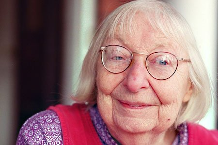"""""""There is no virtue in conforming meekly to the dominant opinion of the moment."""" Jane Jacobs, born today in 1916. https://t.co/WnYnaZj9eo"""