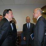 Ahora: Pdte. @JC_Varela sostiene reunión con Jeh Johnson, Secretario de Seguridad Nacional de los Estados Unidos. https://t.co/jWdo5L3qrm