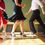 École de danse à #NICE : 32.00€ au lieu de 105.00€ (70% de #réduction): 1 ou… https://t.co/DPL0Zf2dhP #promos #Nice https://t.co/pLSve74b2g
