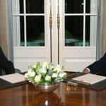 18:00de başlanması beklenen Erdoğan - Davutoğlu görüşmesinde gecikme https://t.co/YWr1RSUpi3 https://t.co/DuEcMV8S1U