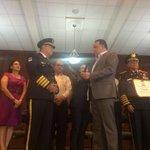 Reconocimiento especial por su labor y trayectoria al General Alfonso Medina y Coronel Danilo Flores @BomberosHn https://t.co/NUl2lNxg02
