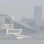 Warning as cloud of toxic smog heads to Liverpool this weekend https://t.co/qlUtJwWi32 https://t.co/ErRRZCVehB