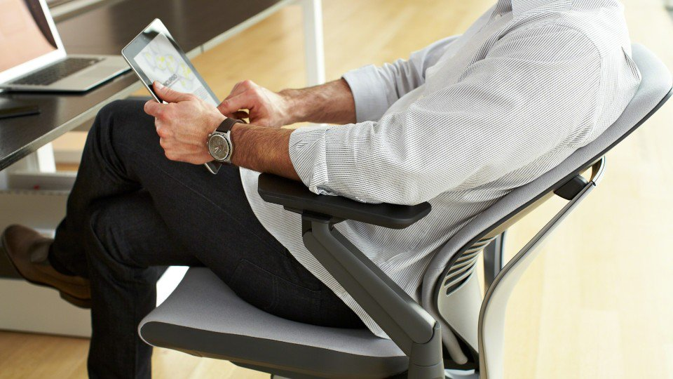 17 Finest Office Chairs For Endless Work Hours https://t.co/3QUVzWZC8C https://t.co/gIbAmxgG5p