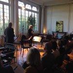 Maître Elisabeth Vigné présidente de #Quatuors à #Bordeaux accueille le public dans sa Villa 88 #Culture https://t.co/vhUF80Pwgm